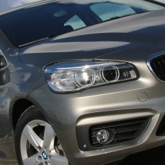 Stiletter og vandresko i BMW Active Tourer