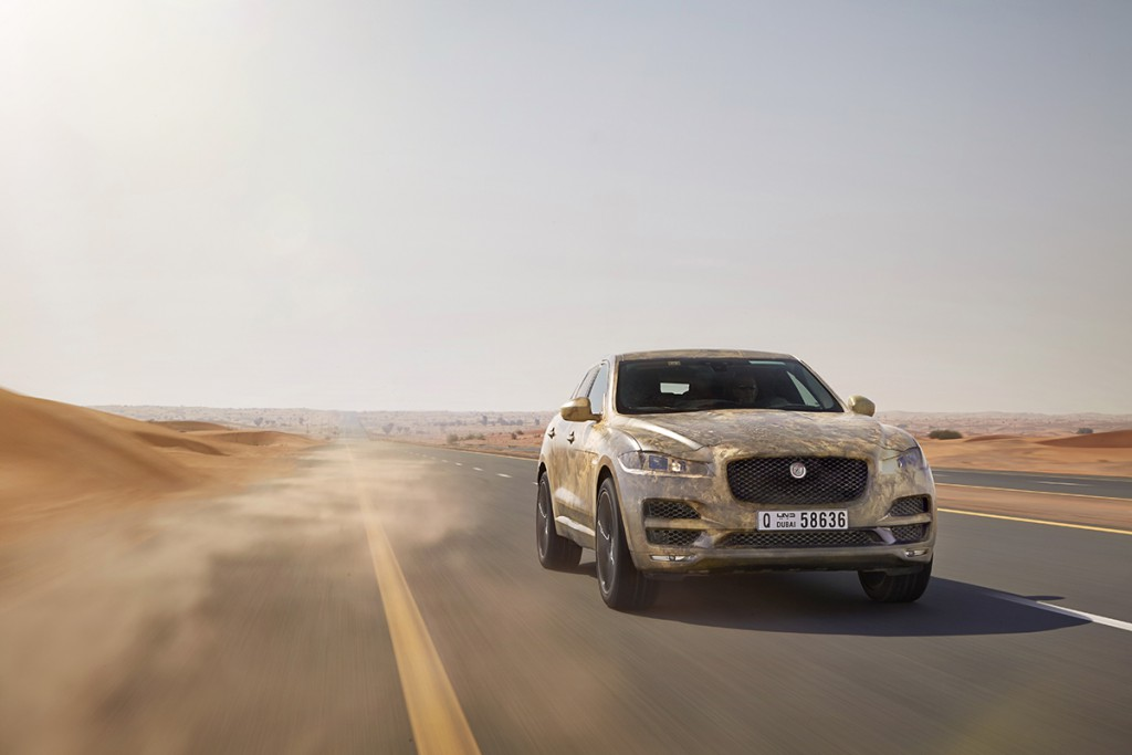 JAGUAR_FPACE_HOT_DUBAI
