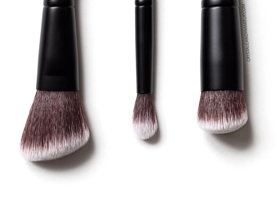 Rodial-Highlight-Sculpting-Eye-Sculpt-Brush-Review-02