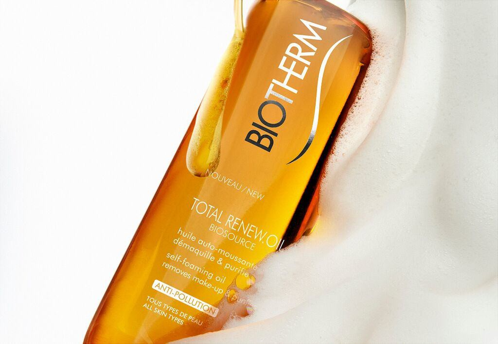 Biosource Total Renew Oil 200ml texture
